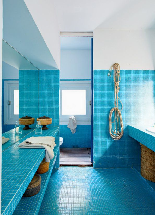 blue_bathroom_tile_2