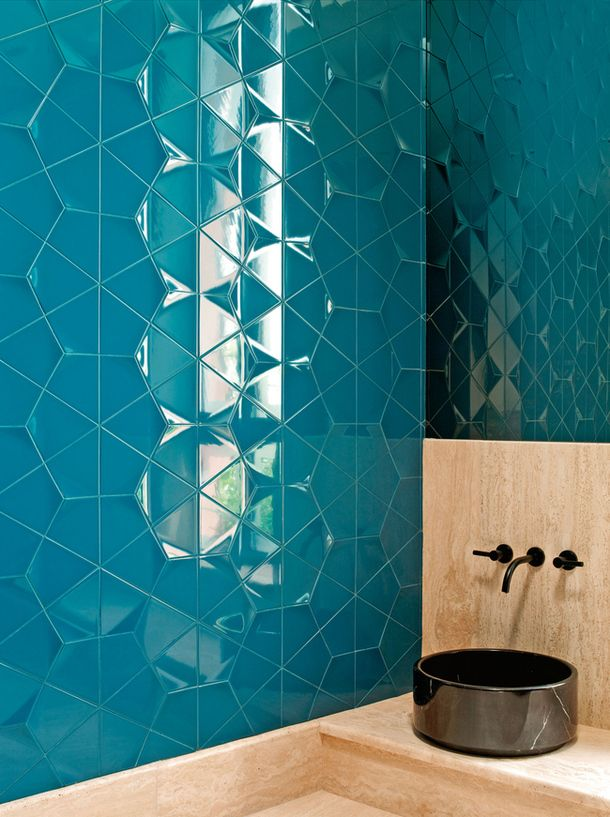blue_bathroom_wall_tile_37