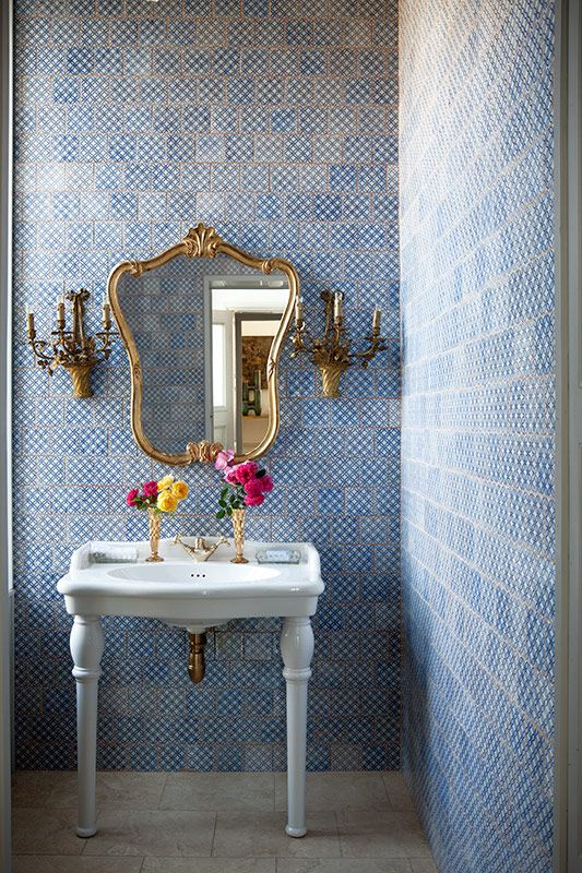 40 blue bathroom wall tile ideas and pictures -> Pia Banheiro Vintage