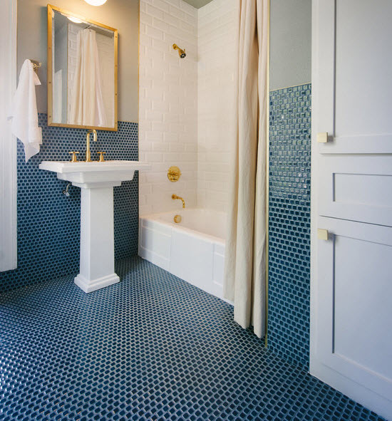 blue_ceramic_bathroom_tile_10
