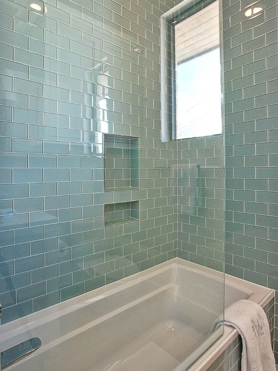 blue_glass_bathroom_tile_1