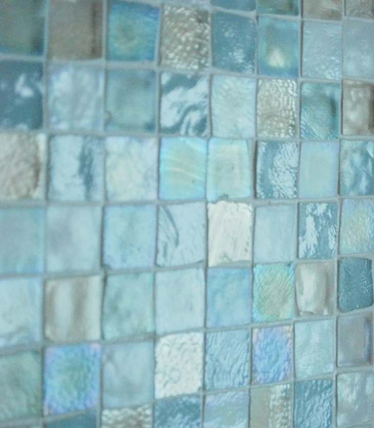 40 blue glass mosaic bathroom tiles tile ideas and pictures for Glass tile bathroom designs