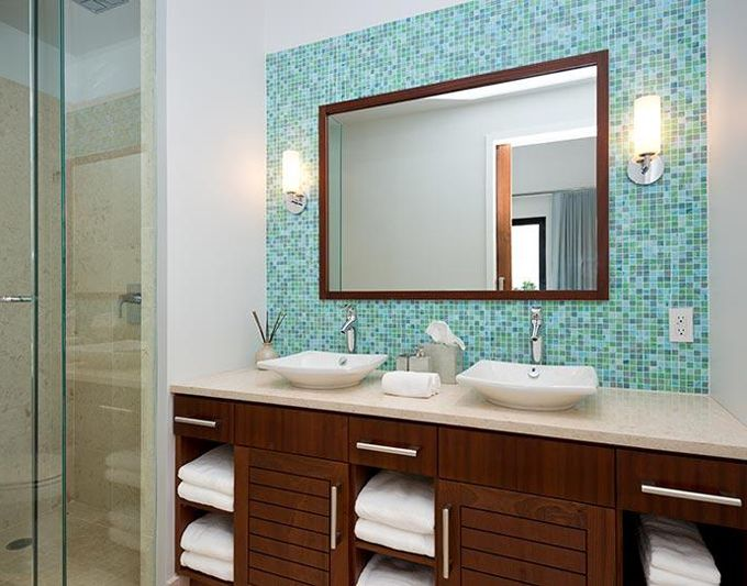 blue_glass_mosaic_bathroom_tiles_21