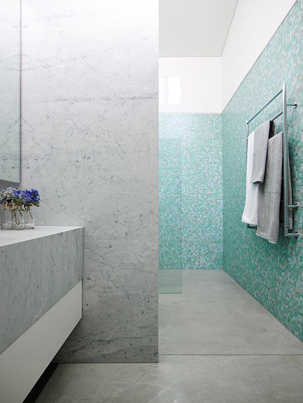 blue_glass_mosaic_bathroom_tiles_26