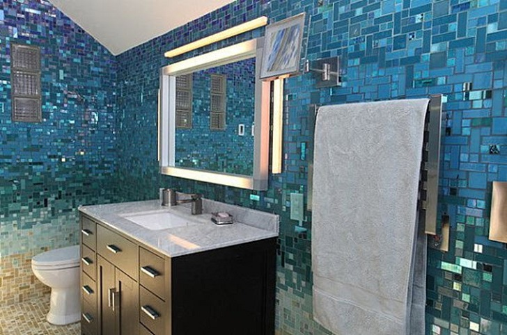 blue_glass_mosaic_bathroom_tiles_39