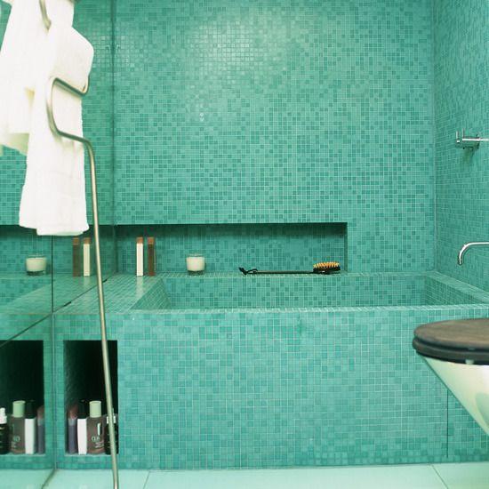 blue_glass_mosaic_bathroom_tiles_9