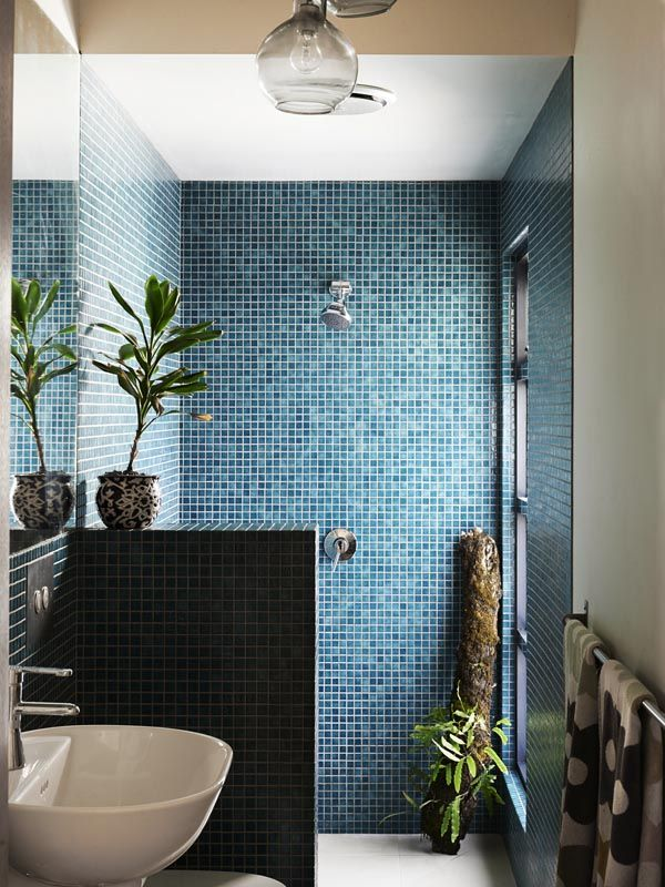 blue_mosaic_bathroom_tiles_1