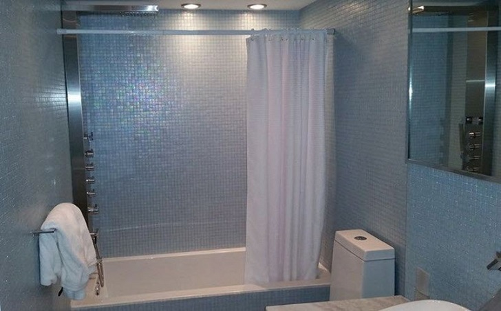 blue_mosaic_bathroom_tiles_4
