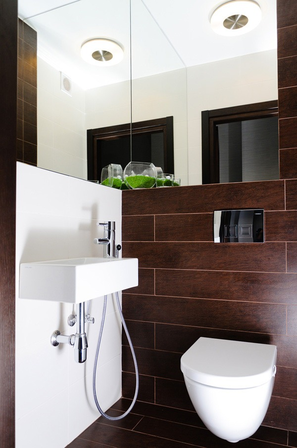 chocolate_brown_bathroom_tiles_38