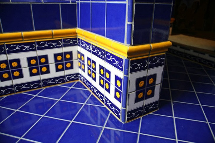 cobalt_blue_bathroom_floor_tiles_33