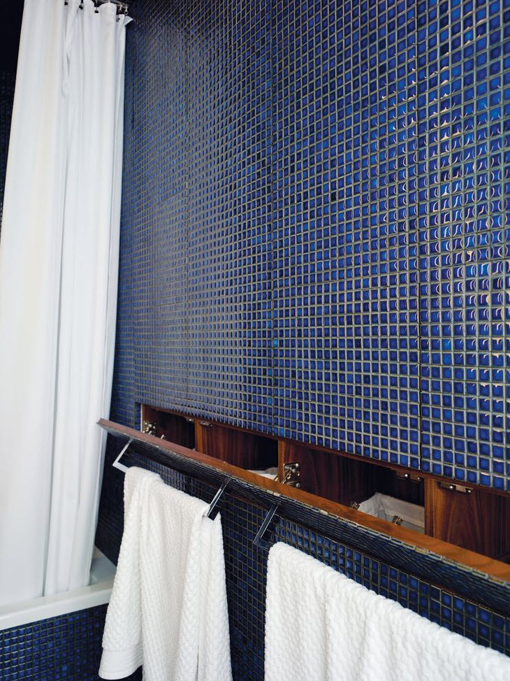 cobalt_blue_bathroom_tile_21