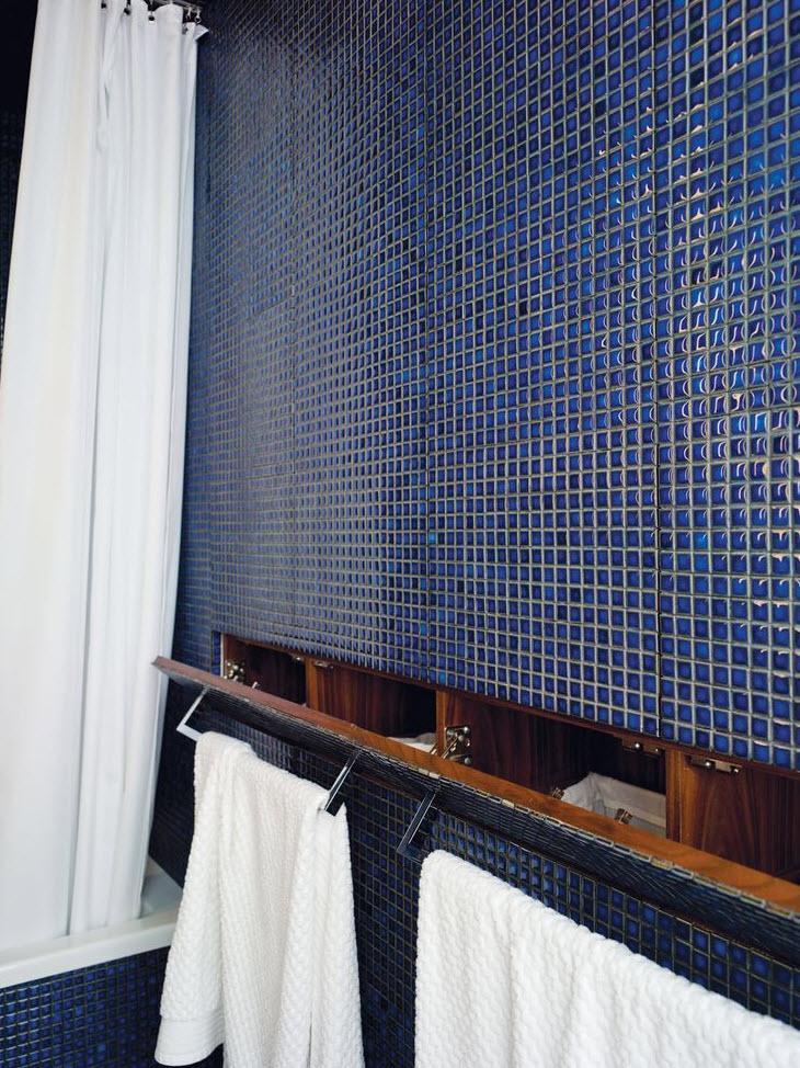 cobalt_blue_bathroom_tile_21