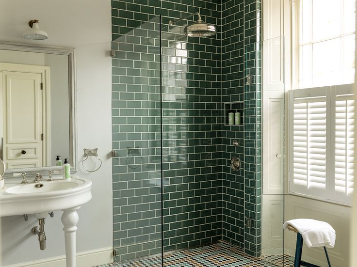 40 Dark Green Bathroom Tile Ideas And
