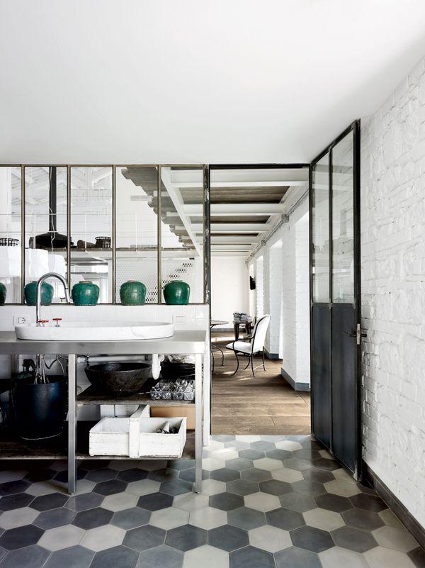 gray_bathroom_floor_tile_18