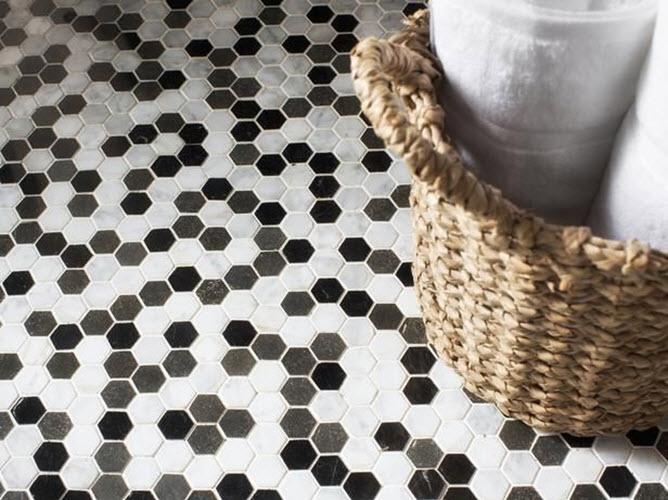 gray_hexagon_bathroom_tile_28