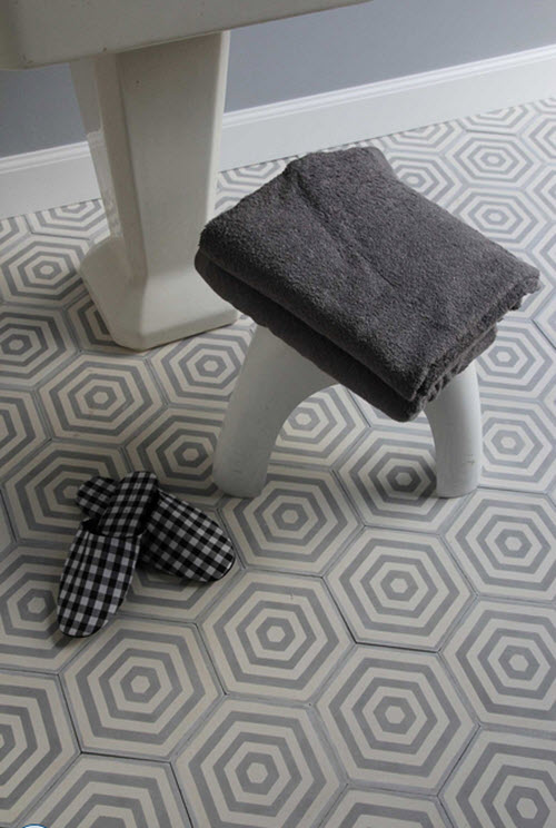 gray_hexagon_bathroom_tile_5