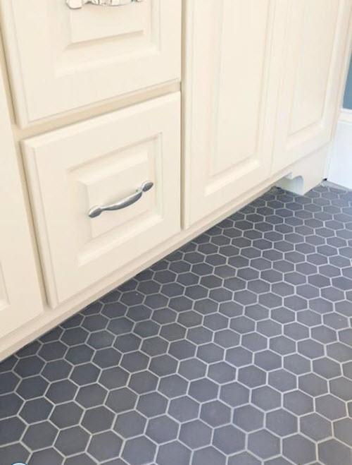 gray_hexagon_bathroom_tile_9