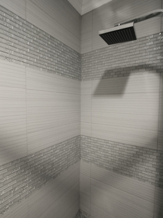 40 gray shower tile ideas and pictures for Bathroom ideas grey tiles