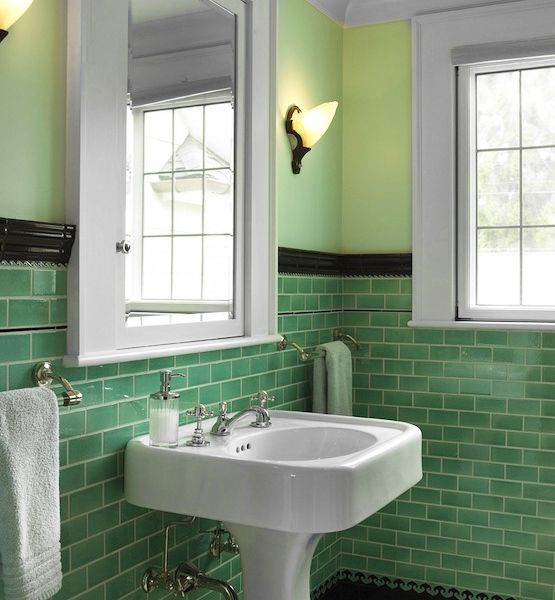 green_glass_bathroom_tile_33