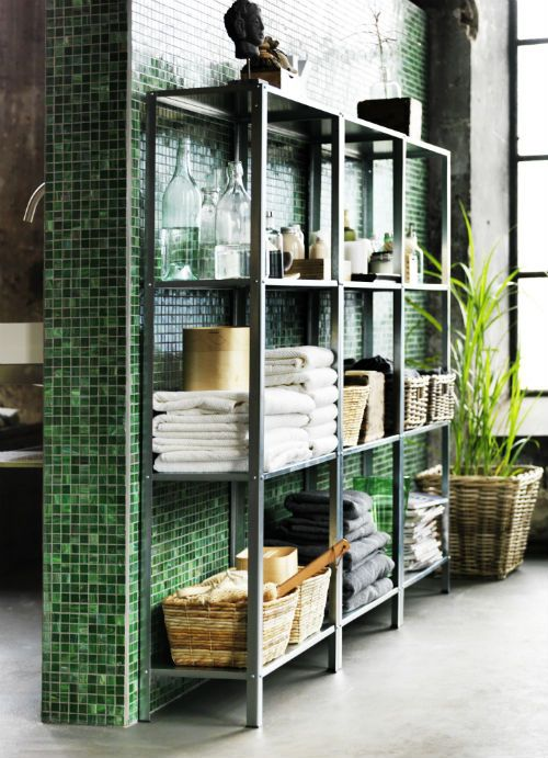 green_wall_tiles_for_bathroom_18