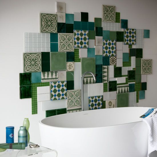 green_wall_tiles_for_bathroom_2