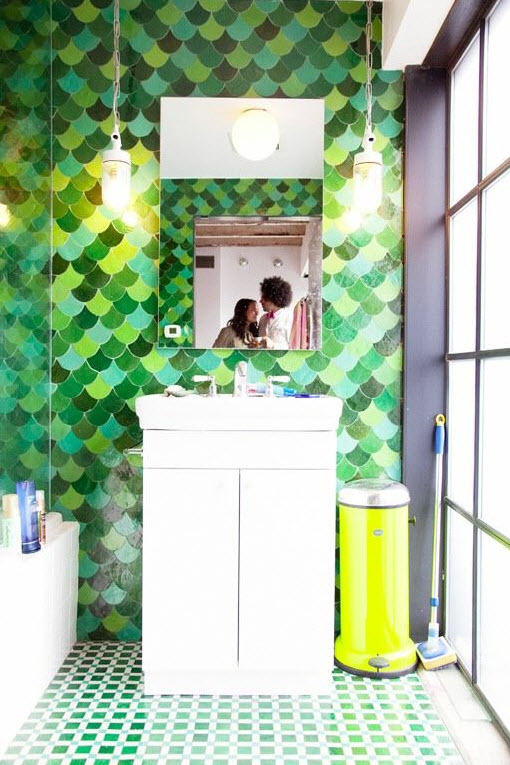 green_wall_tiles_for_bathroom_21