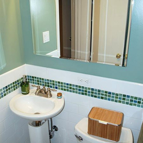 green_wall_tiles_for_bathroom_30