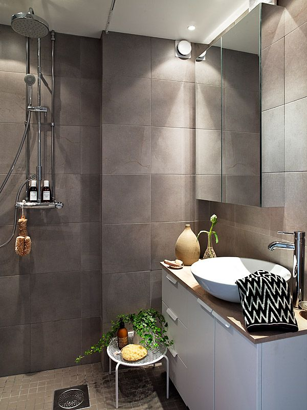 grey_brown_bathroom_tiles_31