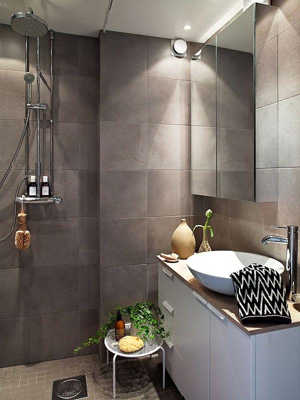 grey_brown_bathroom_tiles_31
