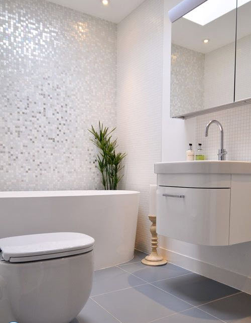 grey_mosaic_bathroom_wall_tiles_2
