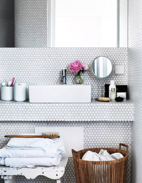 grey_mosaic_bathroom_wall_tiles_25
