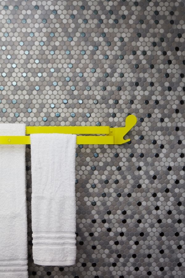 grey_mosaic_bathroom_wall_tiles_35