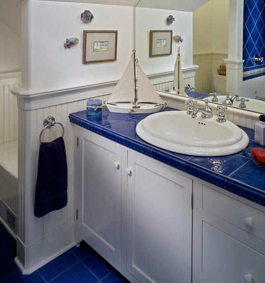 large_blue_bathroom_tiles_12