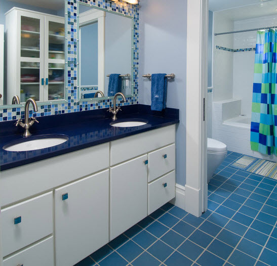 large_blue_bathroom_tiles_13