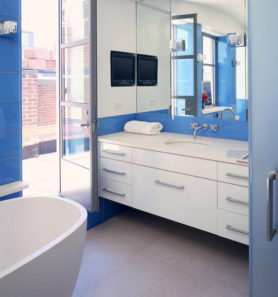 large_blue_bathroom_tiles_19