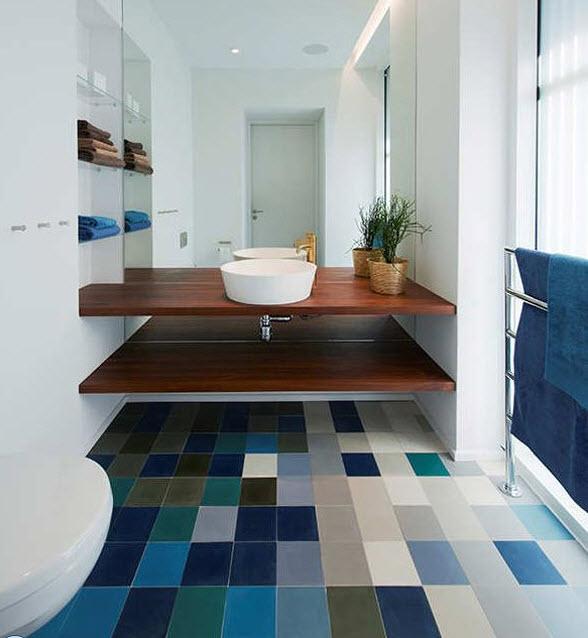 large_blue_bathroom_tiles_4