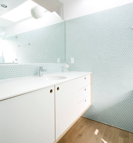 light_blue_bathroom_tile_27