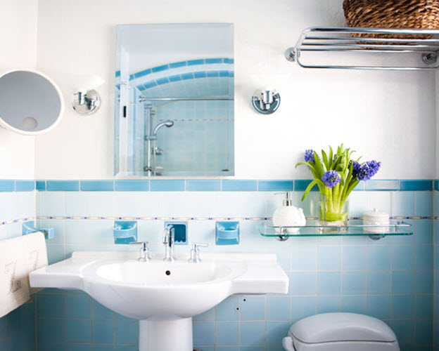 40 light blue bathroom tile ideas and pictures for Light blue and white bathroom ideas