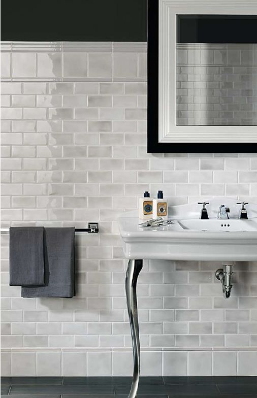 39 light gray bathroom tile ideas and pictures for Bathroom ideas grey tiles