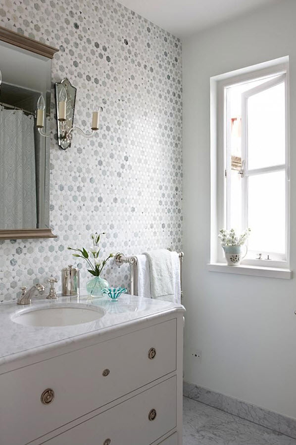 light_gray_bathroom_tile_39