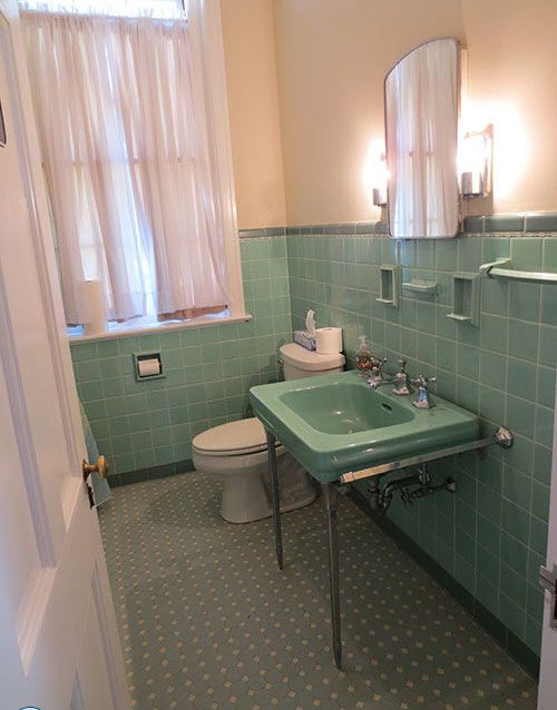 mint_green_bathroom_tile_2