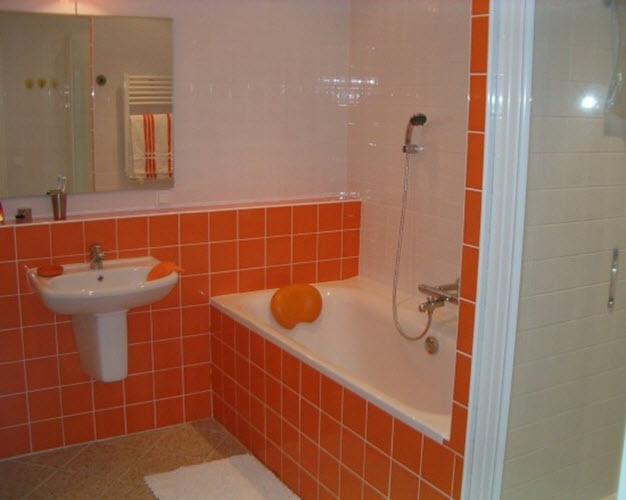 orange_bathroom_tiles_39