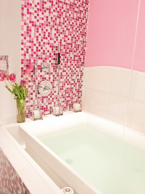 pink _glitter_bathroom_tiles_2