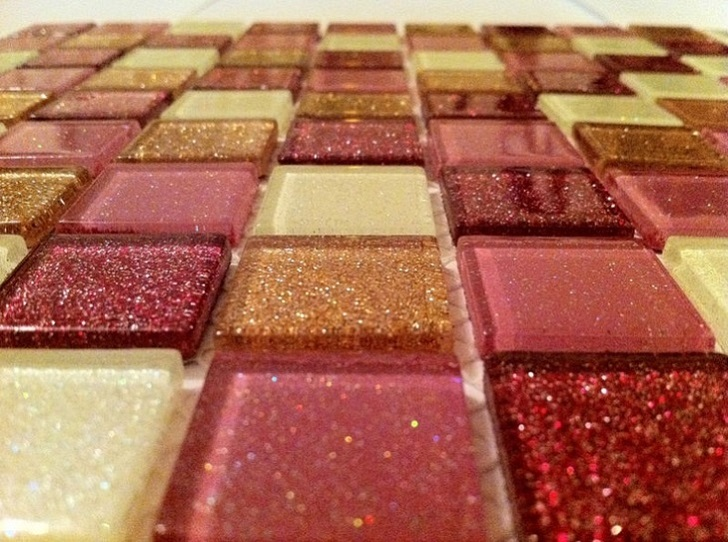 pink _glitter_bathroom_tiles_3