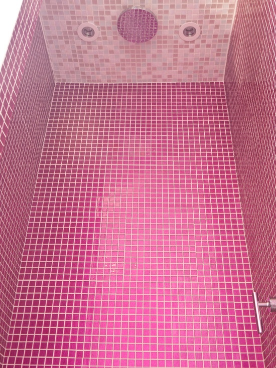 pink _glitter_bathroom_tiles_7