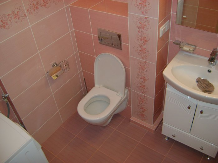 pink_bathroom_floor_tiles_31
