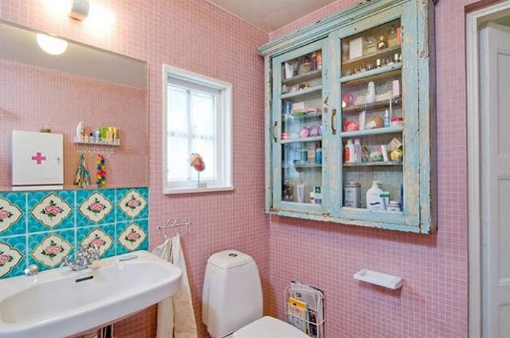 pink_bathroom_wall_tiles_16