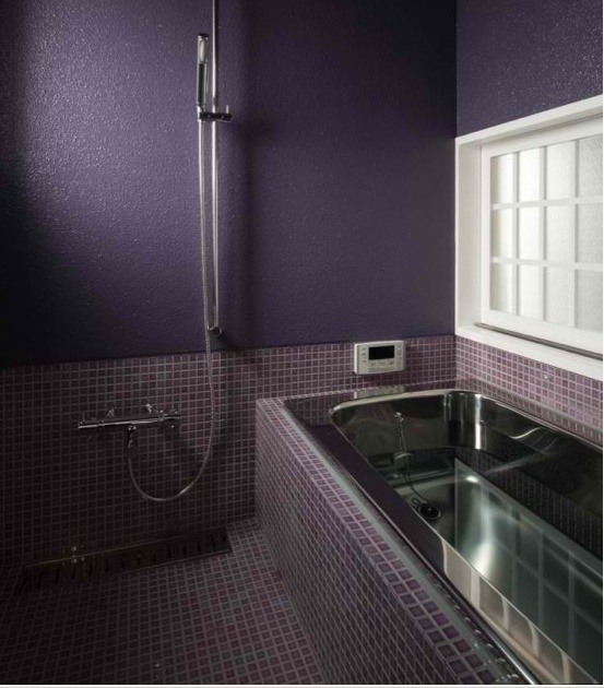 purple_bathroom_wall_tiles_29