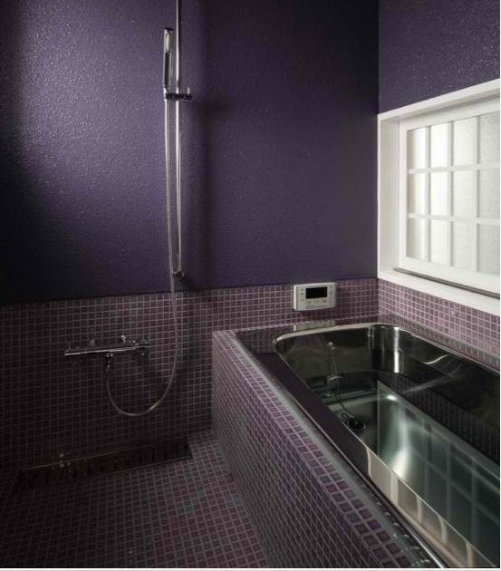 purple_bathroom_wall_tiles_29