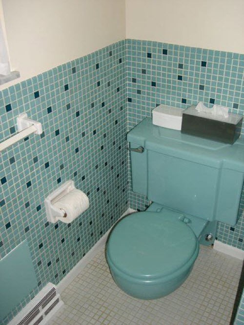 retro_blue_bathroom_tile_25